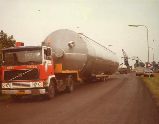 z-Toon-Rijsbergen-verhuizing-silo-s-borrekuil---born