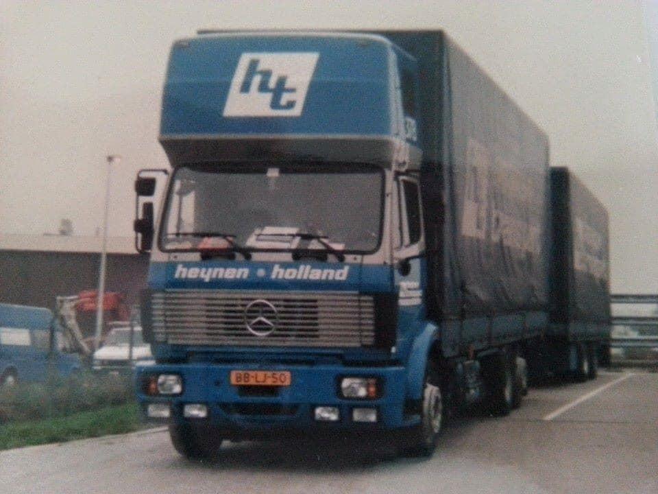 De-auto-waarmee-m-n-pa-vaak-in-Frankrijk-rond-reed--Tinus-Deijkers-archief-zoon-Martijn