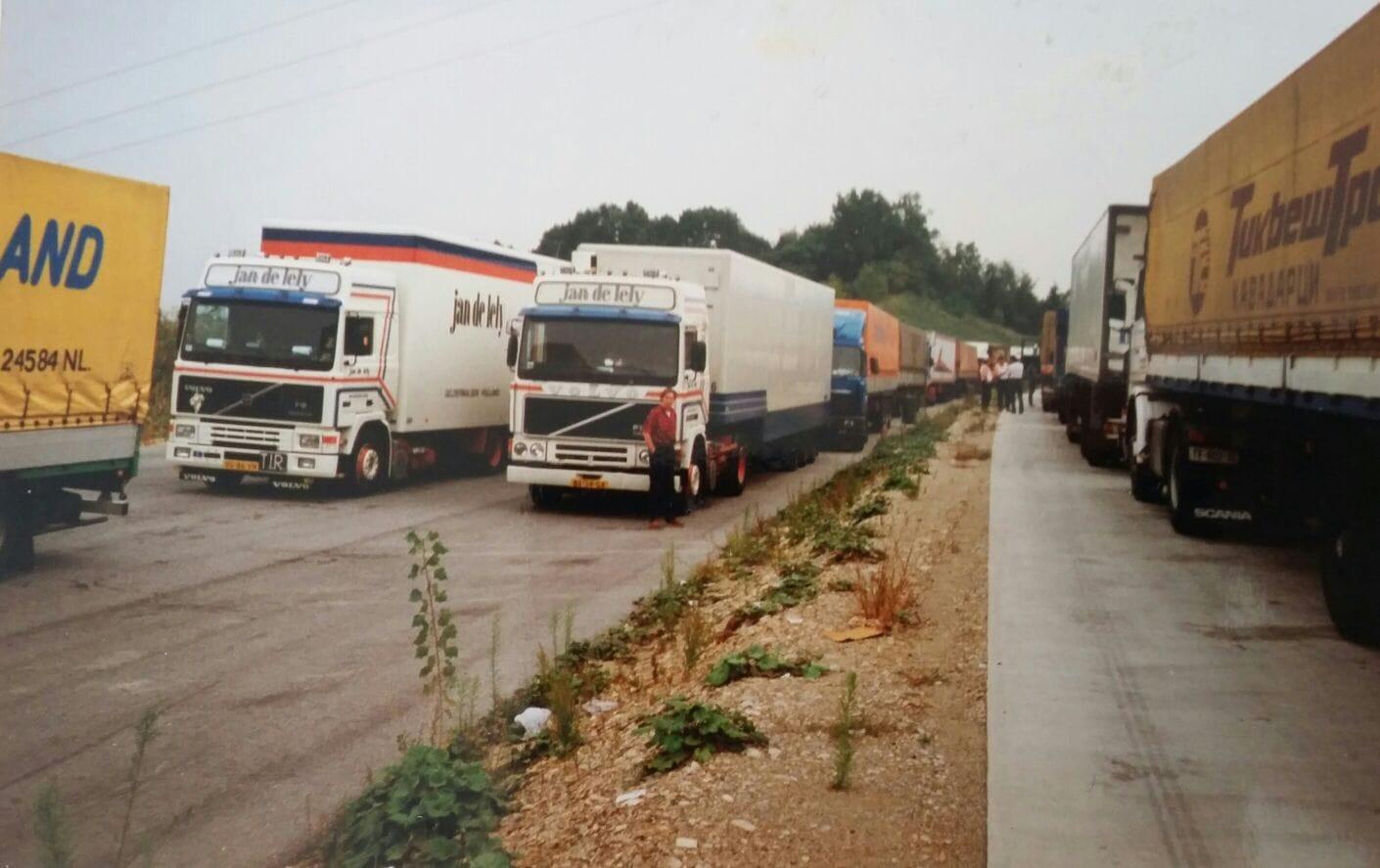 Gerwi-Rensel-Aansluiten-aan-de-grens-Yugo--Bulgarije