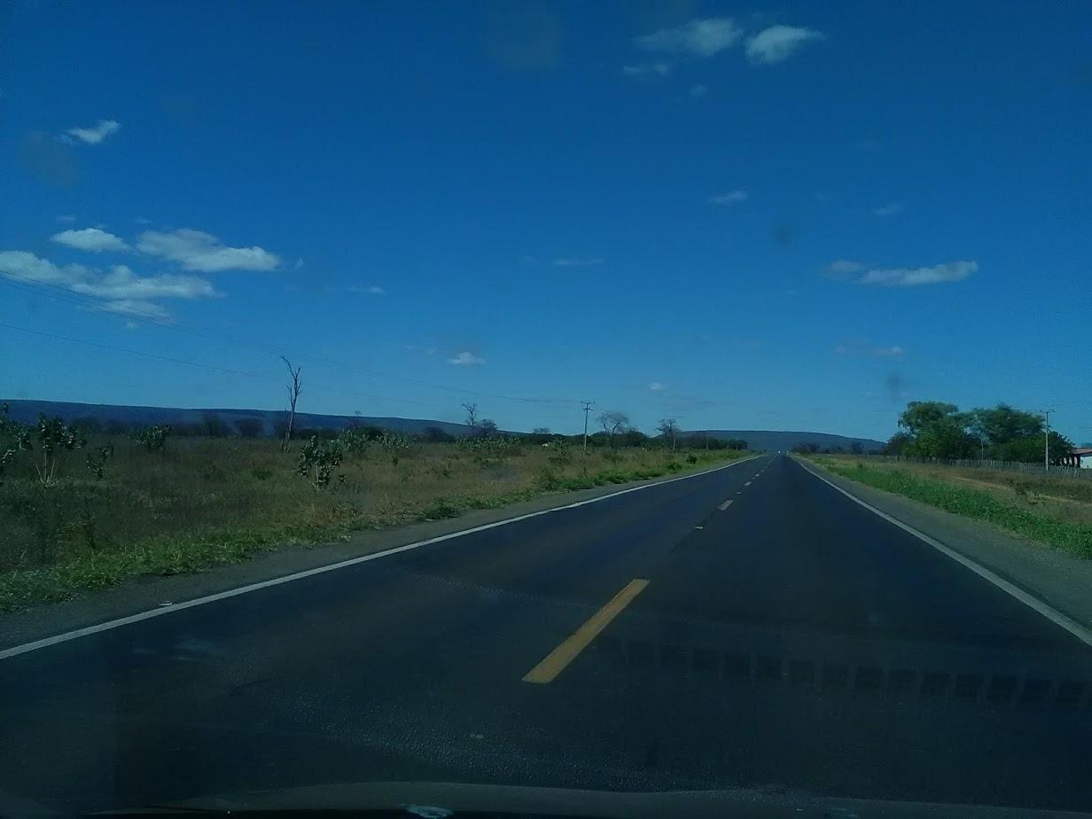 20-6-2019--Forteleza-Seabra-met-de-huur-wagen-485-km-over-de-BR-242-waar-gemiddeld-3800-per-dag-over-gaan-32
