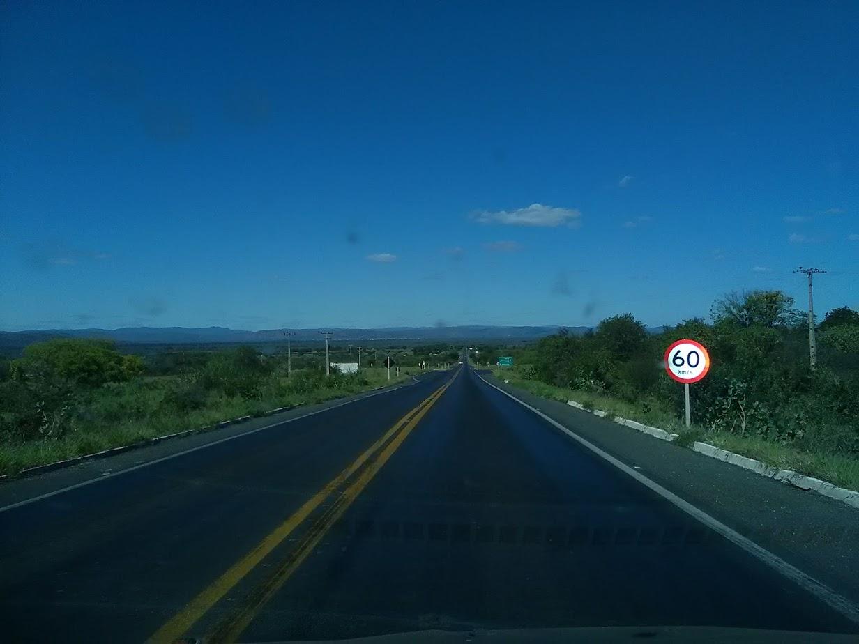 20-6-2019--Forteleza-Seabra-met-de-huur-wagen-485-km-over-de-BR-242-waar-gemiddeld-3800-per-dag-over-gaan-40