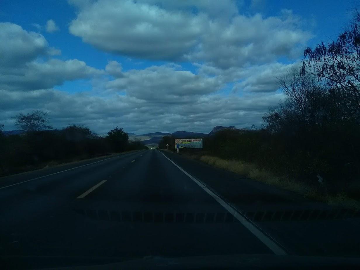 20-6-2019--Forteleza-Seabra-met-de-huur-wagen-485-km-over-de-BR-242-waar-gemiddeld-3800-per-dag-over-gaan-45