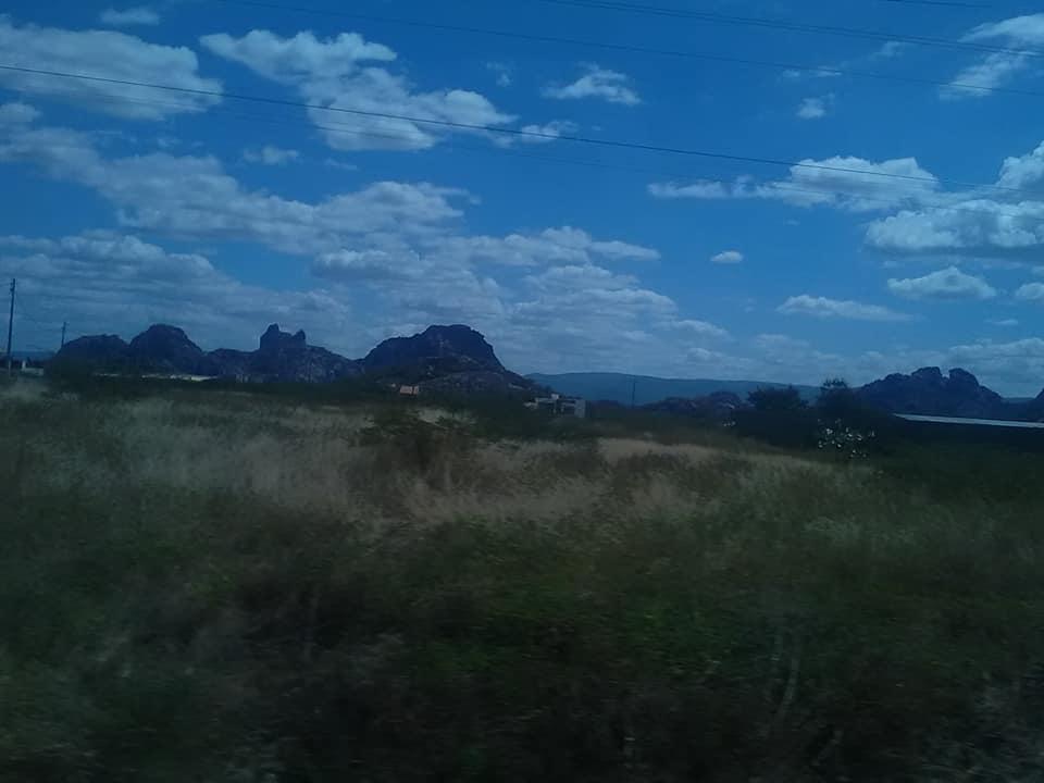 25-6-2019-de-weg-van-Seabra-naar-Forteleza-hier-zijn-meteorieten-neer-gekomen.--1