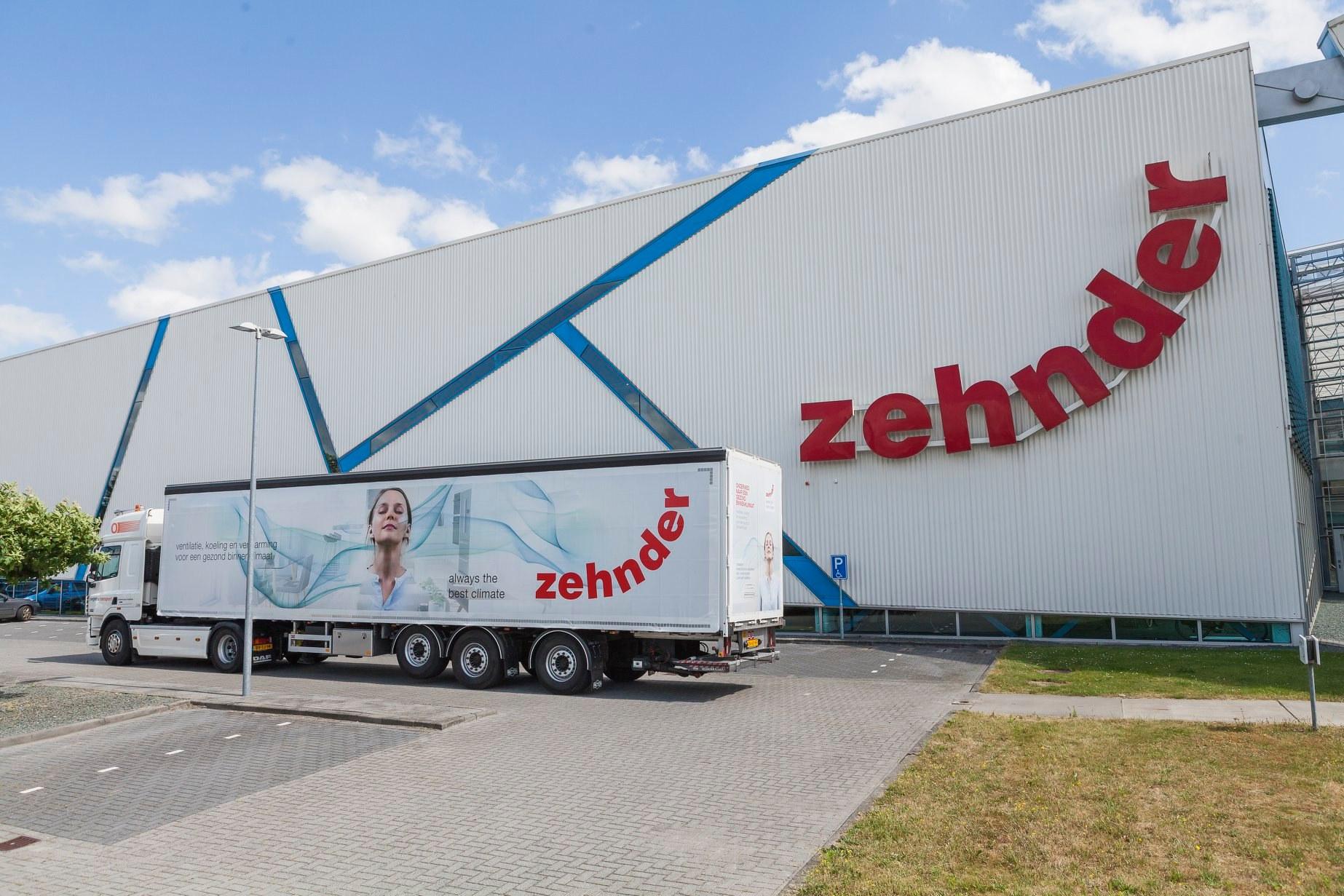 eerste-Zehnder-Truck--3