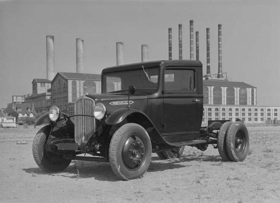 Renault-YGAC-77-cv-6-tonnes-1934