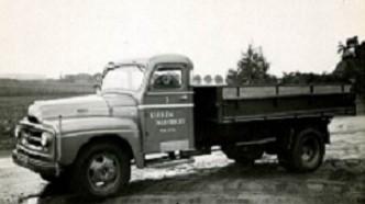International--6-Cyllinder-Benzine