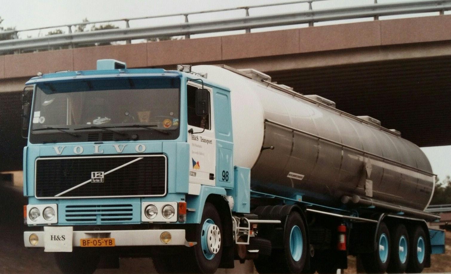 Volvo---F12-2