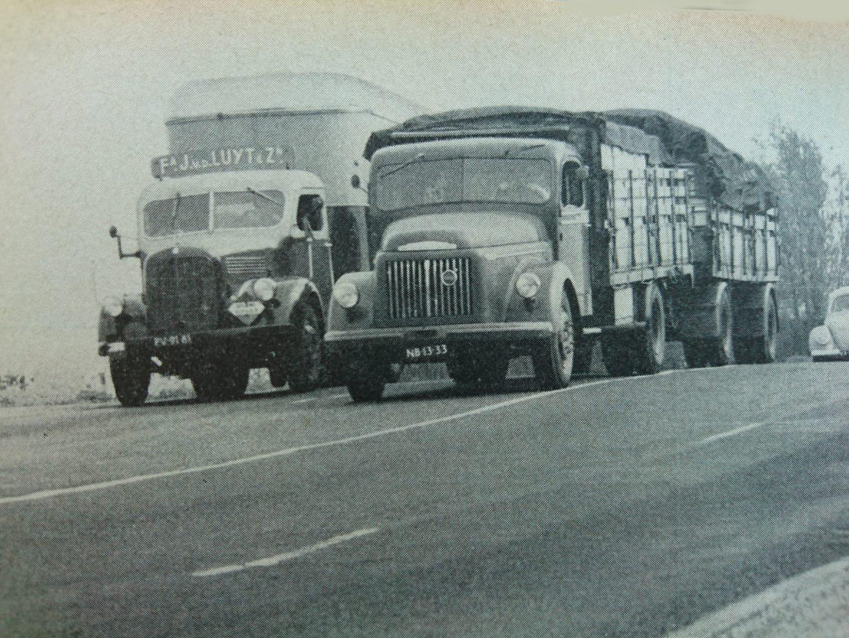Mercedes-met-een-verhuis-trailer