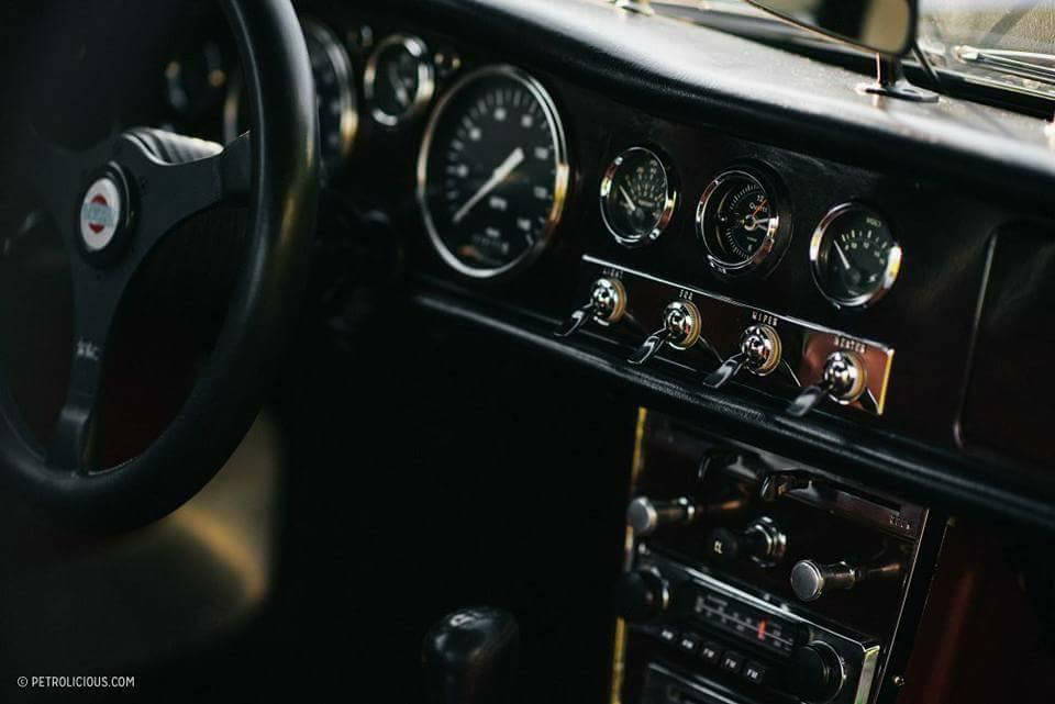 Datsun-Roadster-1960s-5