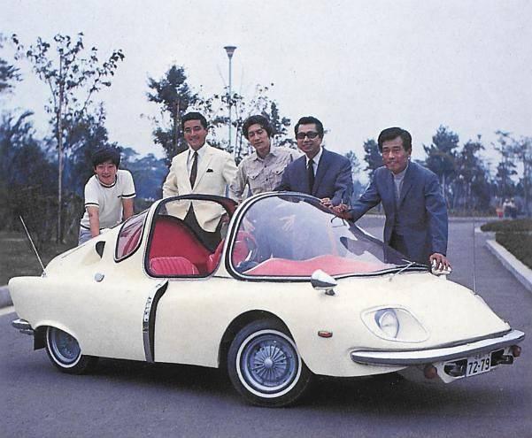 Subaru-360-de-luxe-1967