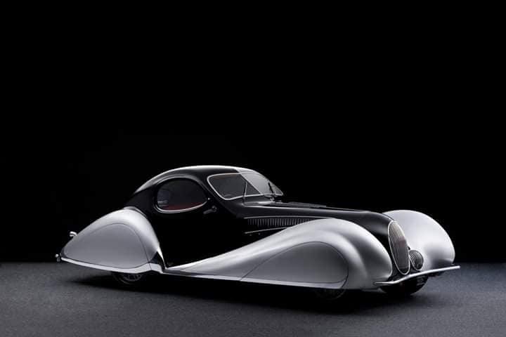 Talbot-Lago-T150-C-SS--Goutte-d-Eau-Coupe-by-Figoni-et-Falaschi-1937--1