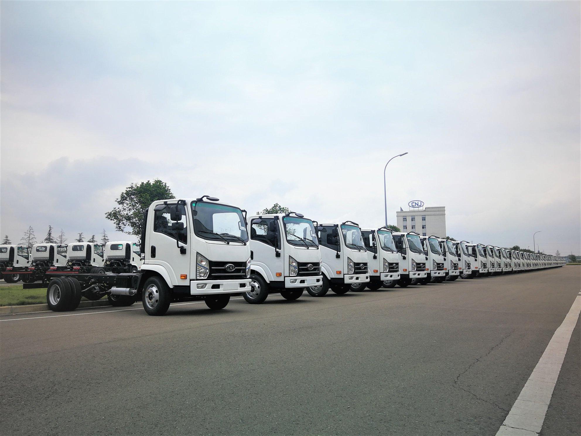200-4-tons-trucks-export-Mexico-3