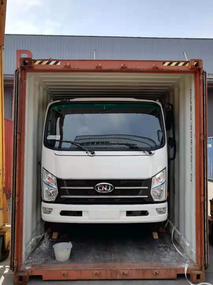 6-eenheden-van-cnj-8-ton-vrachtwagens-met-yuchai-130-pk-diesel-motoren-zijn-onderweg-naar-el-salvador--2-8-2019--4
