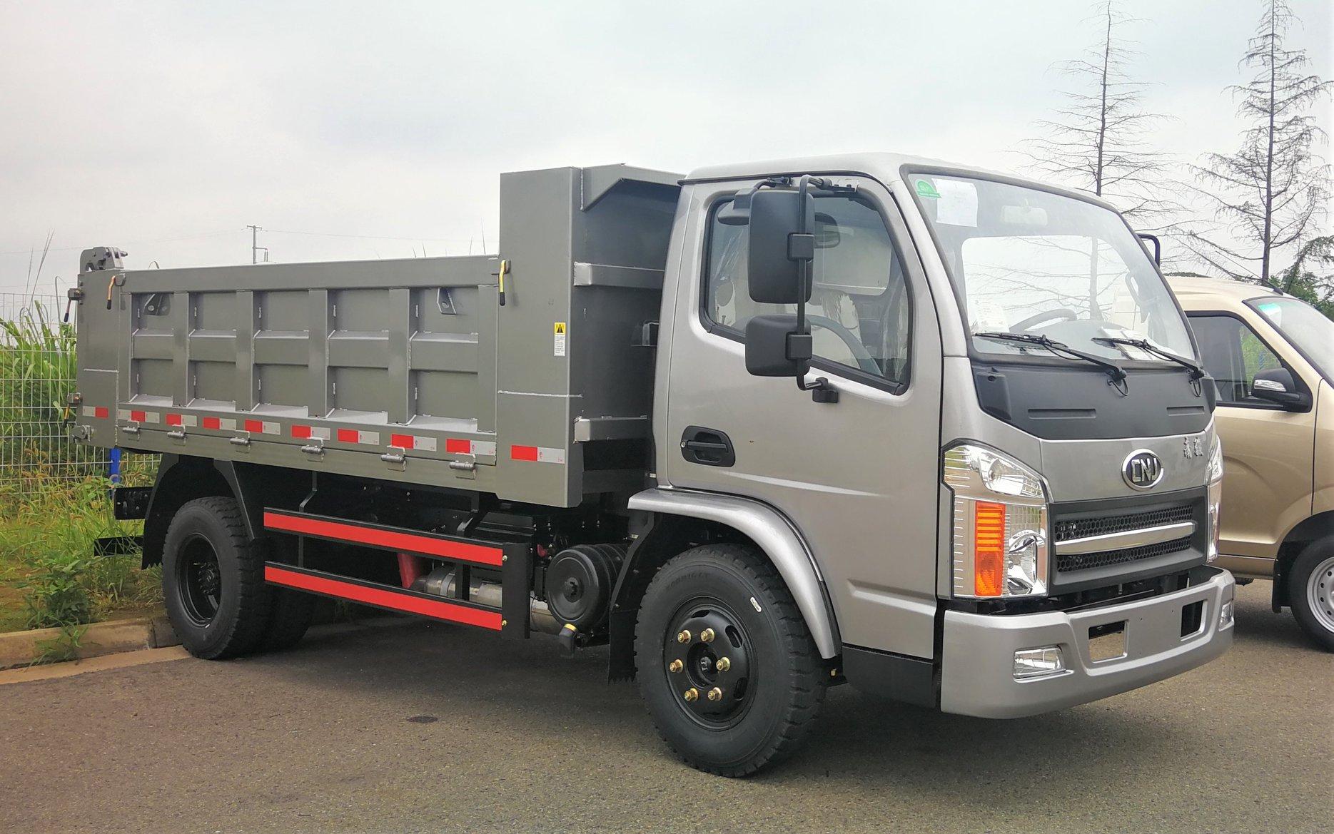 Cnj-low-entry-trucks-kunnen-voldoen-aan-de-speciale-eisen-van-het-werken-onder-mijnbouw-of-kelder--1