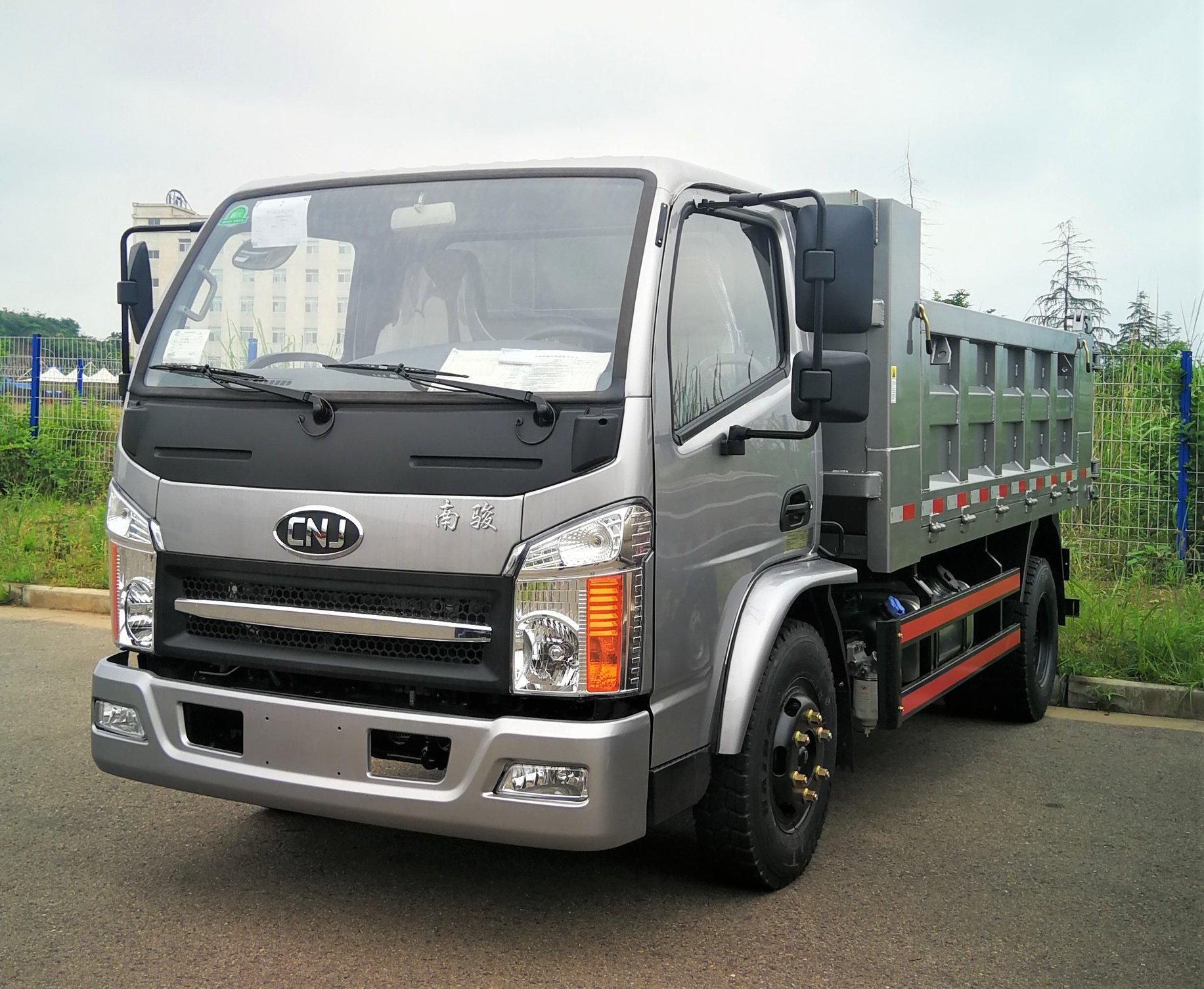 Cnj-low-entry-trucks-kunnen-voldoen-aan-de-speciale-eisen-van-het-werken-onder-mijnbouw-of-kelder--2