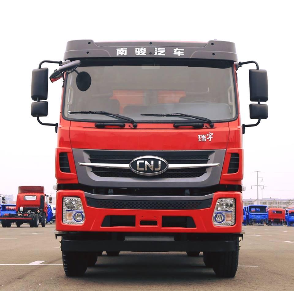 Cnj-zware-vrachtwagens-R60-serie-van-10-ton-tot-20-ton-1