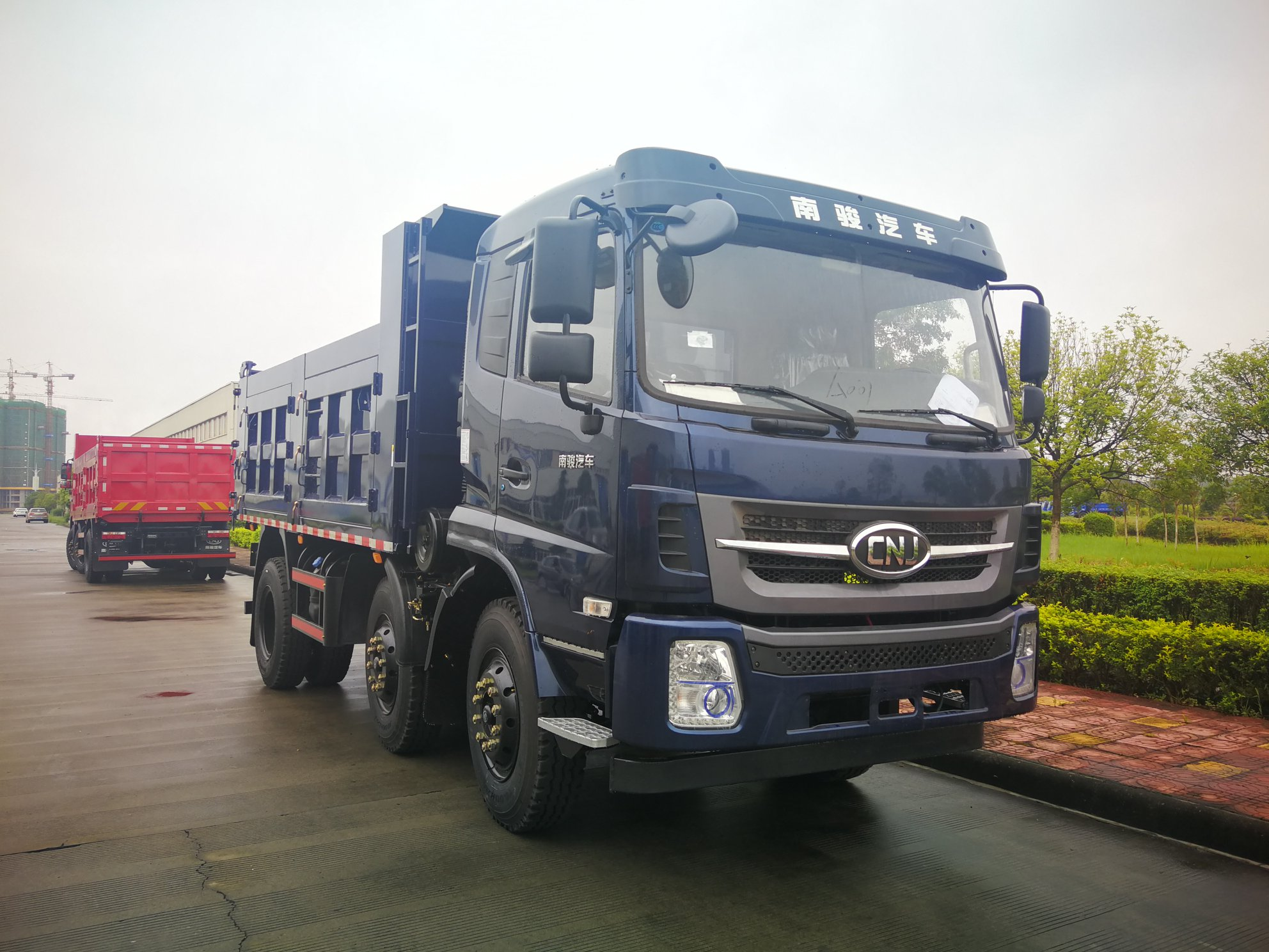 Dumper---diesel-motor-van-80-pk-tot-180-pk---lading-van-4-ton-tot-20-ton14