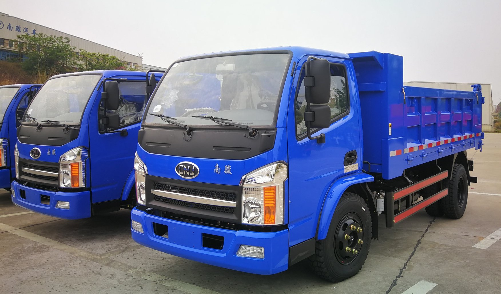 Dumper---diesel-motor-van-80-pk-tot-180-pk---lading-van-4-ton-tot-20-ton21