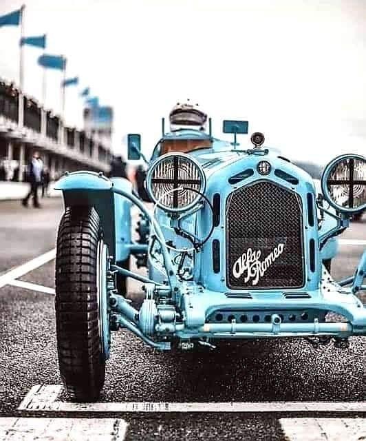 Alfa-Romeo-Racing
