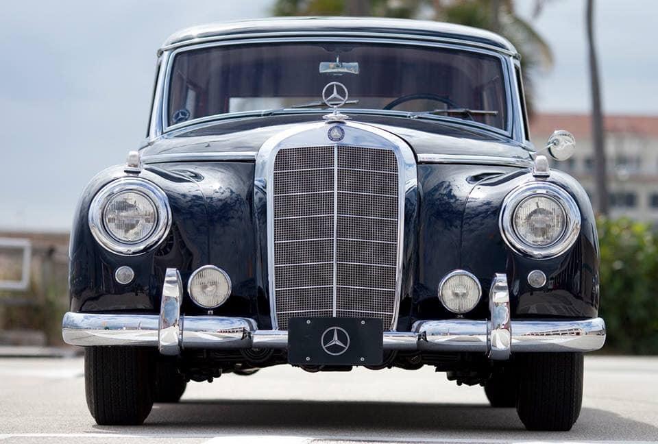 Mercedes-Benz-300c-Station-Wagon-1956--2