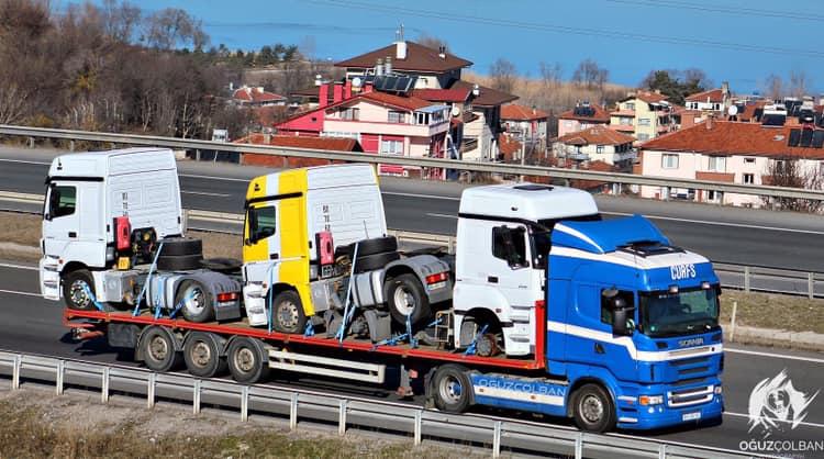 Scania-met-andere-erop-op-weg-naar-Irak