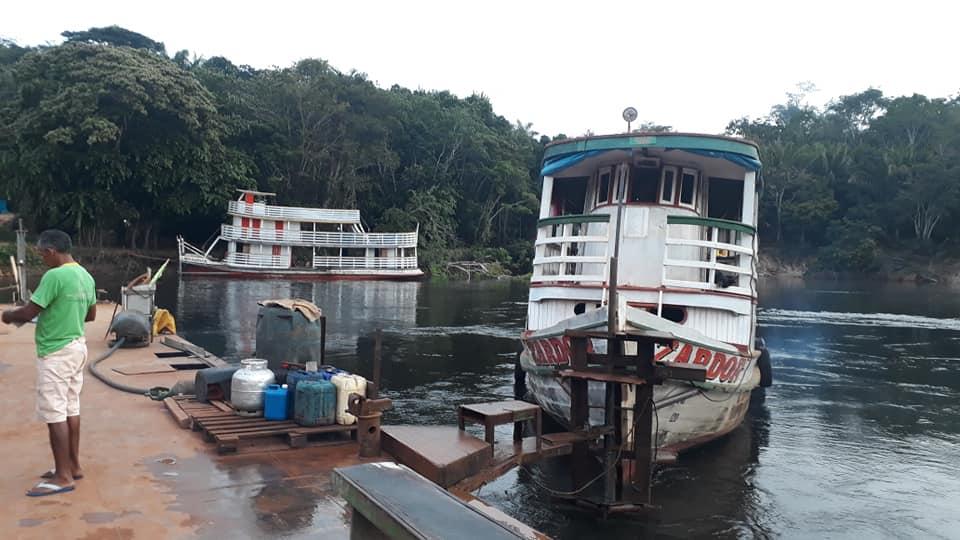 Ferry-de-rivier-de-Tatui-1