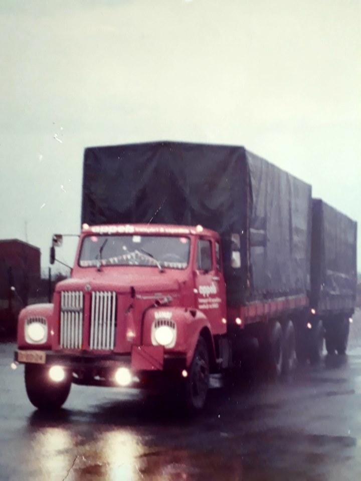 Rijk-van-Offeren-1972-18-jaar-en-zijn-eerste-wagen-voor-buitenland