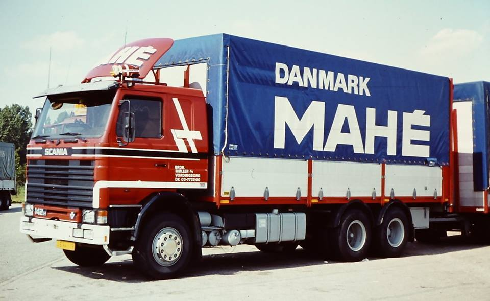 Scania-142-Moller-Vordingsborg-charter