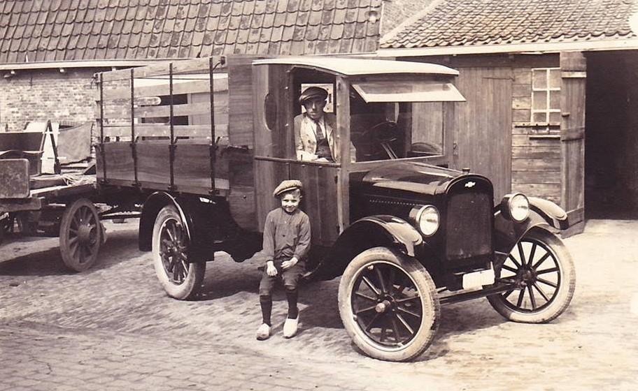 4--auto-oudooms