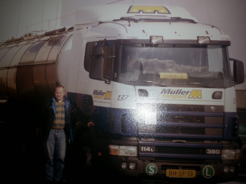 Herbert-Koebrugge--Eerste-nieuwe-auto-voor-mij-toen-Muller-de-tankwagens-nog-had