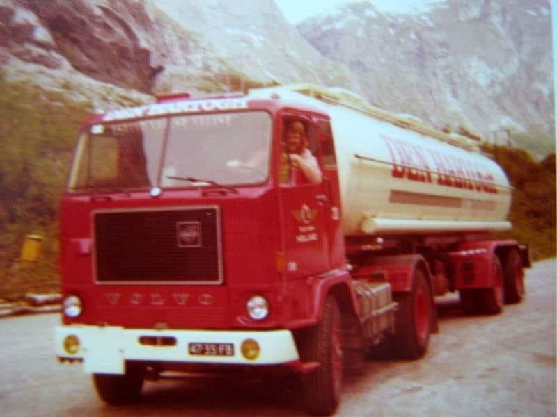 Jan-de-Jong--Volvo-F88-bij-Den-Hartogh-met-een-rit-Alesund-Noorwegen-in-het-jaar-1976