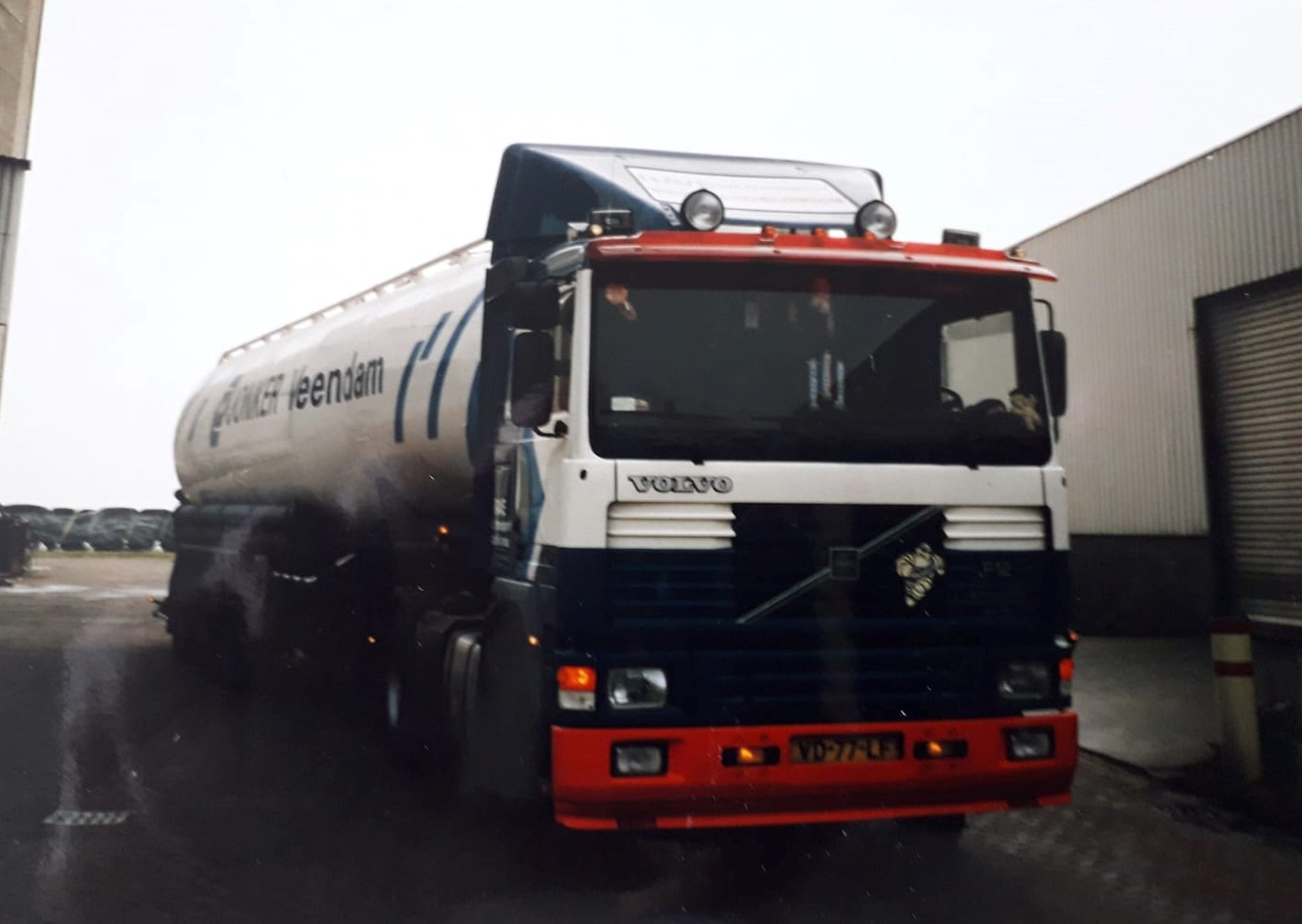 Frans-Schuurman-Rave-transport-Charter