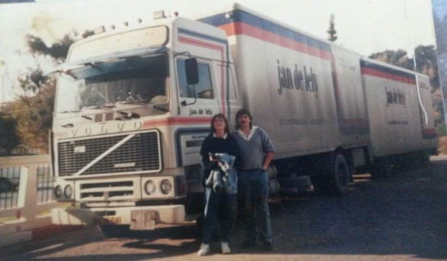 Ben-Tjepkema-1998-oudejaarsdag-in-Tunis-dame-uit-Zweden-wilde-ook-op-de-foto