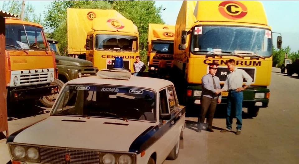 Henk-Klasens--1990-Onderweg-met-hulpgoederen-naar-Kazan-1