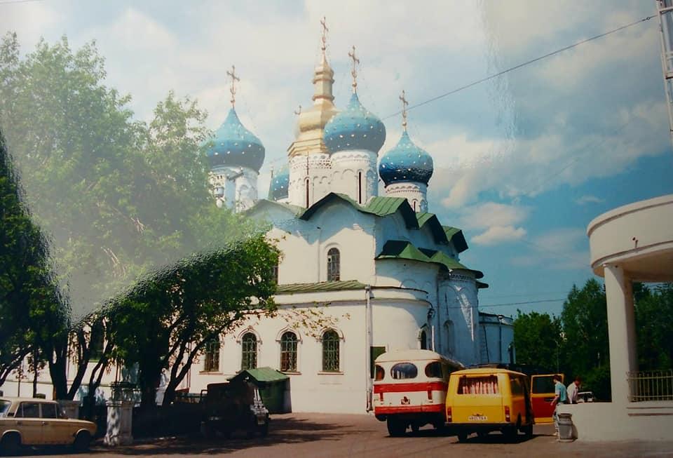 Henk-Klasens--1990-Onderweg-met-hulpgoederen-naar-Kazan-3