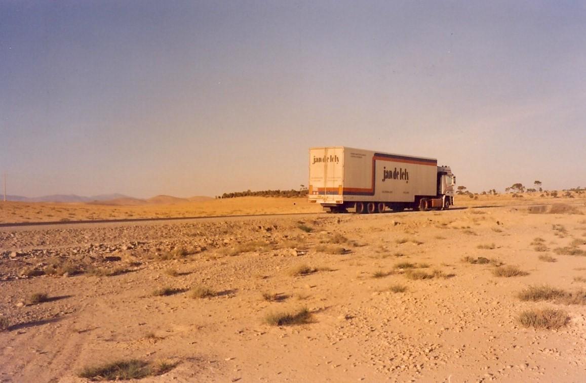 Jan-Pieter-Floor--naar-Casablanca-Rabat-Fes-en-Guercif--18-dagen-onderweg-2