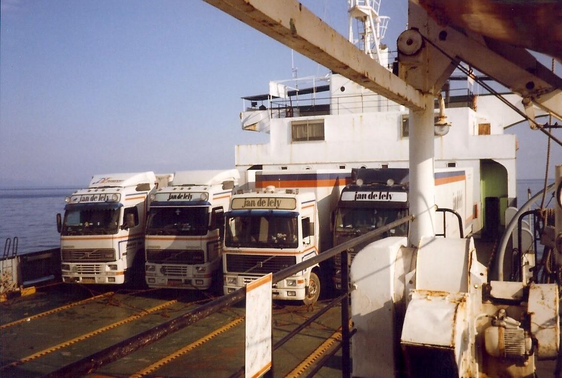 Jan-Pieter-Floor-hier-metde-priraten-boot-naar-Montenegro-4