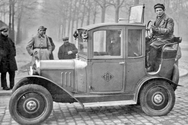 Citroen-Taxi-Cab--1920