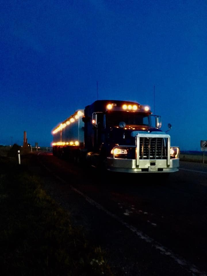 Kees-Jonk-met-zijn-eerste-truck--12