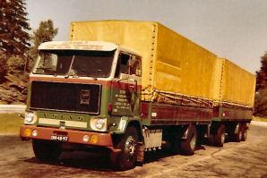 Volvo--F89-Douma-Leen-chauffeur-Wessel-Schuitema