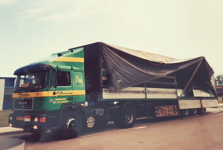 Dennis-Grooten-MAN-19-362-zijn-eerste-auto-1998