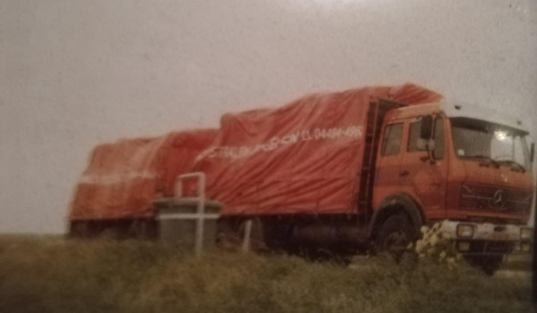 Jos-van-As-zijn-eerste-wagen-op-de-afsluitdijk-richting-Franeker-96-RB-04-1983-tot-1988