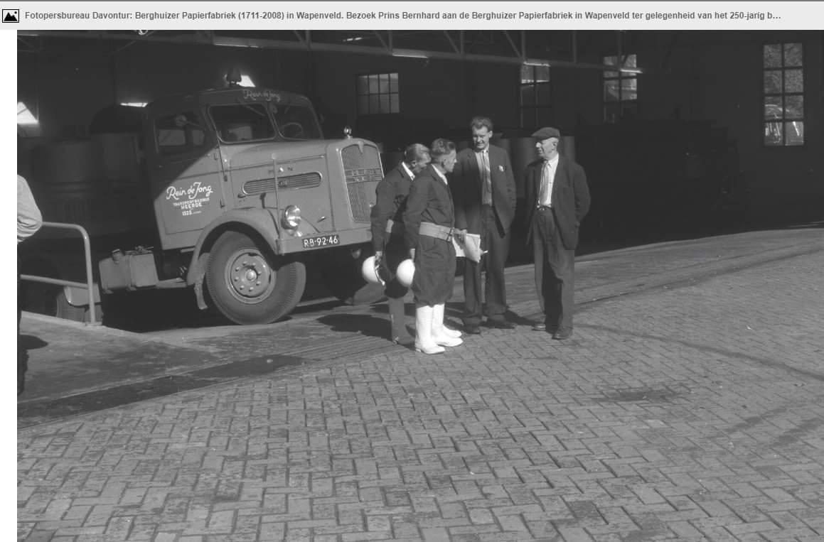 de-enigste-MAN-Torpedo-van-het-bedrijf-ca-1960-is-een-unieke-foto