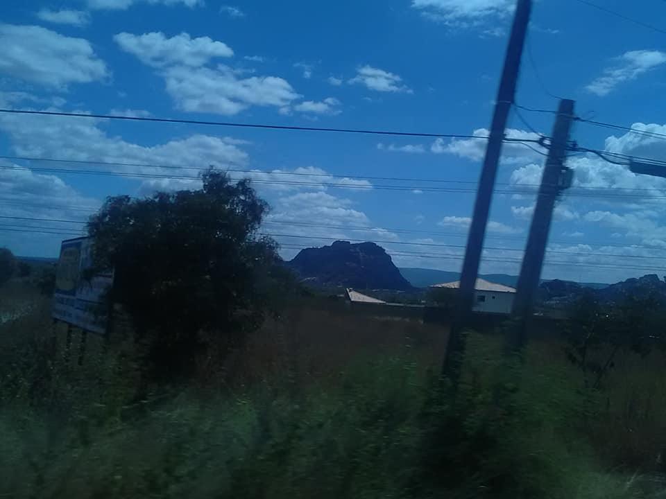 25-6-2019-de-weg-van-Seabra-naar-Forteleza-hier-zijn-meteorieten-neer-gekomen-2