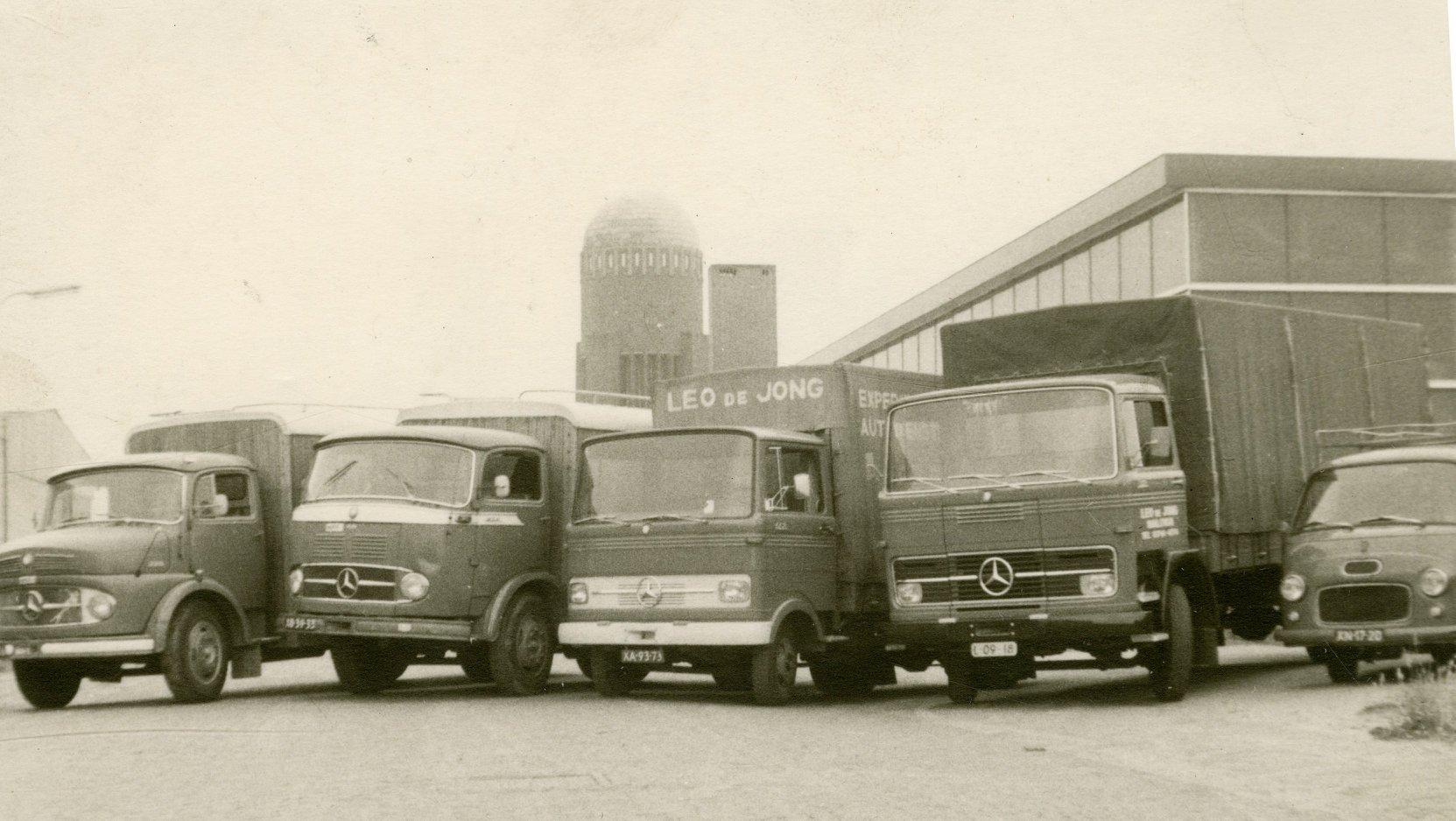 Leo-de-Jong-Mercedes-Ford-Transit