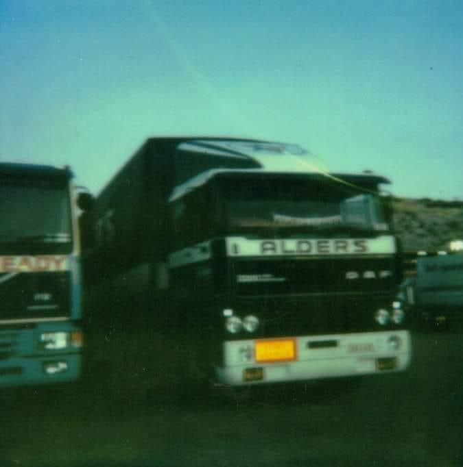 Patrick-Rouwet--Op-de-parking-in-Dover-op-weg-naar-Cardiff-en-Swansea-om-vloerbekleding-te-lossen-en-naar-Port-Talbot-om-staal-te-laden-2