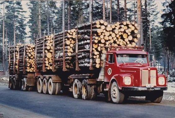 Scania-Vabis-met-een-vrachtje
