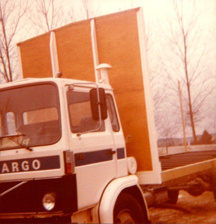 road-cargo-meerssen-volvo-613-dealer-lag-geleen.