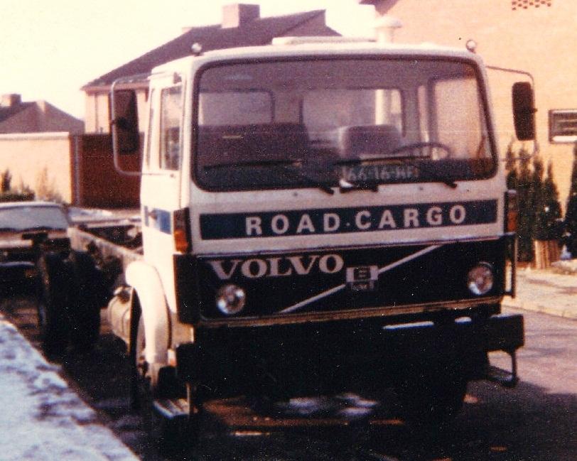 road-cargo-meerssen-volvo-613
