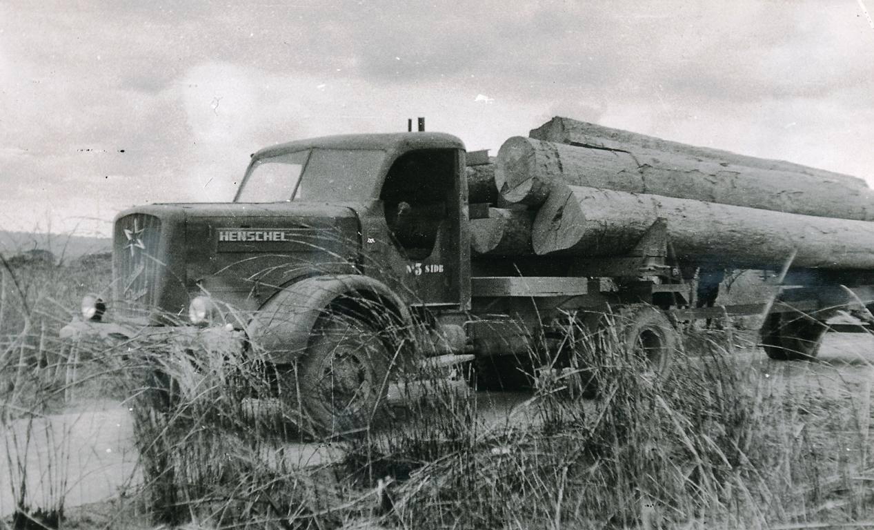 Henschel-H140-in-Afrika